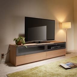 毎日の使いやすさを考えた収納システム テレビ台ロータイプ 幅140cm コーディネート例 (イ)ナチュラル(横木目調)
