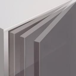 【パモウナ社製】高さサイズオーダー対応突っ張り上置き(1cm単位) 幅120cm (高さ21~89cm) 扉は毎日開け閉めするものだから静かにゆっくり閉まる仕様です。