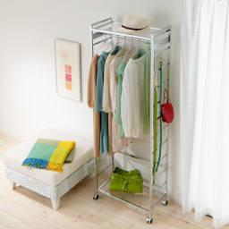 CINDERELLA(シンデレラ)ハンガーラック 棚1段・幅60cm 透明感&清潔感を大切にするクリアアクリル棚。