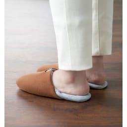 ガラス片から足を守る防災スリッパ2足セット かかとを踏んでも使用可。