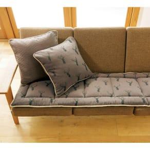 約48×45cm(1人掛用)(スペイン製ジャカード織りトナカイ柄シートクッション(厚さ約3.5cm)) 写真