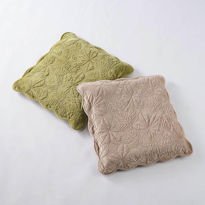 メープルキルト起毛カバーシリーズ 座布団カバー1枚 左から(ア)グリーン、(イ)ベージュ