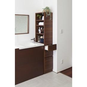 上部オープン棚で取り出しやすい 幅サイズオーダーすき間収納庫 奥行45cm・幅15~45cm 写真