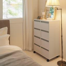 引き出しいっぱい便利収納チェスト 2列4段・幅61cm高さ90cm ナイトウェア、枕カバーなどリネン類の収納に。寝室でも便利に使えます。