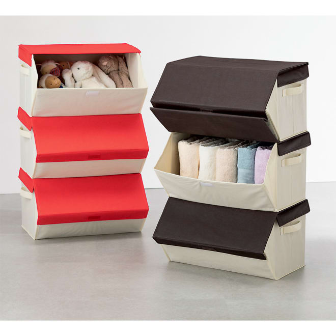 たためるスタッキングボックス3個組 左から(ア)レッド(イ)ブラウン 持ち運びに便利な持ち手付き。