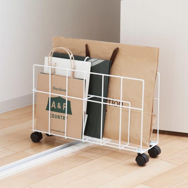 キャスター付き 紙袋仕分け収納ストッカー どんどん増えて整理しにくい紙袋の収納に