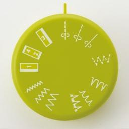 JANOME コンパクトミシン特別セット 【模様は全部で11種類】 直線縫いはもちろん、まつり縫いやボタンホールなど、目的のステッチを回して選べるダイヤル式。基本縫いに便利な11種類をラインナップ。