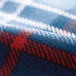 寝心地こだわりごろ寝布団 洗える専用カバー付きセット (イ)ネイビーXレッド 綿100%のオックスフォード生地だからサラッとした肌触りです。丈夫で長持ち。