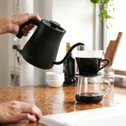 【送料無料】BALMUDA The Pot バルミューダ ザ・ポット 持ちやすくて注ぎやすいハンドル