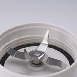 サイレントミルサーおろしカッター付き 特典なし ラウンドエッジカッター 独自の4枚刃で、乾物から氷までパワフルに粉砕。自家製ふりかけも手軽に!