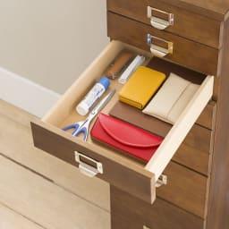 脚が選べる パイン天然木チェスト 浅型4段+深型2段+特深型1段 浅型引出し:文具や印鑑、眼鏡ケース等の小物収納に便利。