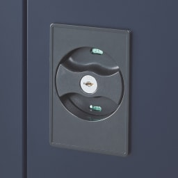【日本製】オールネイビースリム物置 ハイタイプ 扉に鍵付き