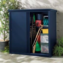 オールネイビー引き戸物置 大型タイプ追加棚板2枚セット 使用イメージ