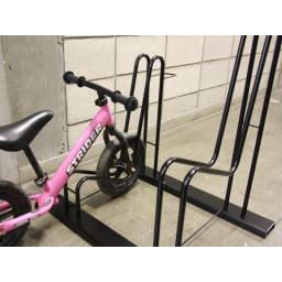 頑丈自転車スタンド 子供自転車設置は下段に設置できます。(2台用)