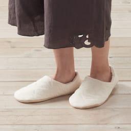 パシーマ(R)でつくったルームシューズ 寒いときには踵まですっぽり。