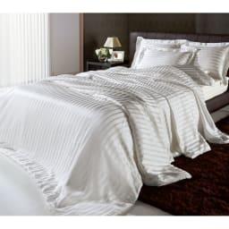 オールシルクシリーズ シルクカバー付き真綿合掛け布団 ※シリーズコーディネート例。お届けは合掛け布団のみです