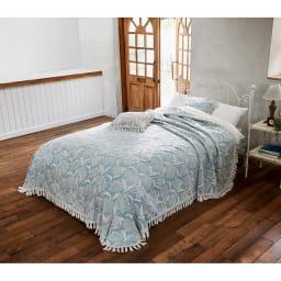 ポルトガル製フリンジ付きマルチカバー〈ペタラ〉 (イ)ライトブルー系(写真は約240×270cm(ダブル・クイーン対応))