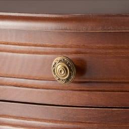 イタリア製 コンパクト収納家具シリーズ 猫脚サイドチェスト 2杯タイプ クラシカルなゴールドの取っ手がアクセントになります。