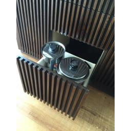 和モダン 格子 ダイニング シリーズ 家電収納庫 幅120奥行48cm 下段は深引きになっているので、鍋やフライパンなどの調理器具もすっきり。