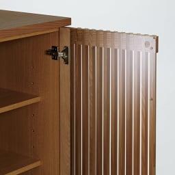 和モダン 格子 リビング収納 シリーズ リビングボード 格子扉の裏側はガラスが貼られています。