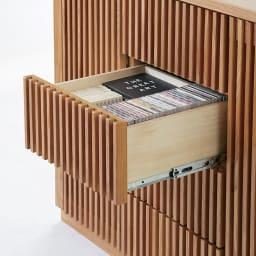 和モダン 格子 リビング収納 シリーズ リビングボード 中央は小物を収納できる引き出し4杯。