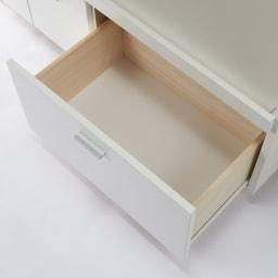 家電たっぷり収納ステンレス天板カウンター 幅119.5cm 引き出しはたっぷり鍋や食品ストックなどボリューム感のある物をまとめて収納。