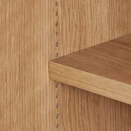 コンセント付き引き戸カウンター下収納庫 幅148cm奥行25cm 棚は1cm間隔で高さを調節できます。