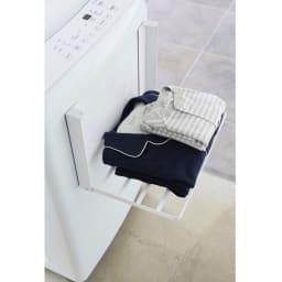 洗濯機マグネット折り畳み棚 (ア)ホワイト