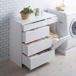 組立不要 隠せる脱衣カゴ付きサニタリーチェスト カゴ1個・引き出し 幅90奥行42cm 引出しは洗面所周りの細かいものを収納するのに便利です。