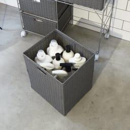 ラタン調ランドリーチェスト キャスター付きタイプ 7杯 幅71cm高さ99.5cm 深い引き出しは背の高いボトルや洗濯物の収納に。