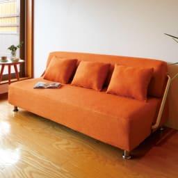 簡単にベットに変身!壁につけたまま使えるソファベッド 幅172cm (ウ)オレンジ(ソファ時) ※写真は幅192cmタイプです。