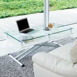 飛散防止フィルム貼りガラス 二重天板昇降式リフティングテーブル 幅102cm 天板高さを低すれば、ソファーやクッションと合わせて使えるフロアテーブルとして使えます。 (イ)ホワイト  ※写真は幅120cmタイプです。