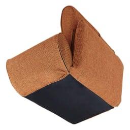 座椅子にもなる!2way省スペースソファ ラブソファ・幅126~167cm 床接地面は汚れの目立ちにくい生地を使用しています。