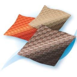 包まれる幸せのごろ寝ソファ 夏用サラサラ替えパッド 大ソファ用 ふんわり感はそのまま、ドライタッチの夏用替えパッド。吸水速乾素材で暑い夏も快適です。