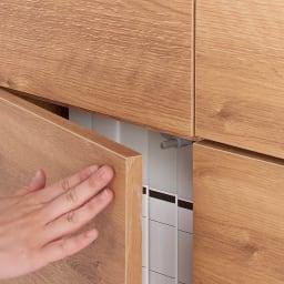 天然木調テレビ台シリーズ スクエアキャビネット 6枚扉 幅113高さ75.5cm 扉は軽く押すだけで開くプッシュ式です。