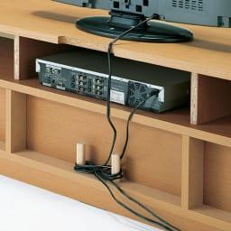 オーク材アールデザインシリーズ テレビ台 幅180cm 背板がなく、デッキの配線がラク。壁にピッタリ付けられます。