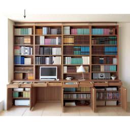 ホームライブラリーシリーズ キャビネット 幅60cm 突っ張りタイプ 使用イメージ(ア)ブラウン