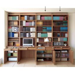 ホームライブラリーシリーズ キャビネット 幅80cm  突っ張りタイプ 使用イメージ(ア)ブラウン