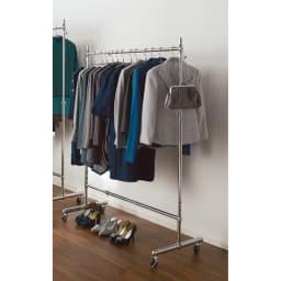 プロ仕様 伸縮頑丈ハンガーラック シングルタイプ 幅92~122cm 幅と高さが調節できる頑丈ハンガーラックです。ウォークインクローゼットや寝室に便利にお使いいただけます。