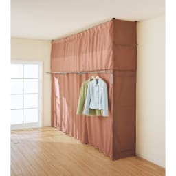 奥行53cm 上下カーテン付き突っ張り頑丈ハンガーラック「サイドカーテン」 ハイタイプ用 ※写真はサイドカーテン(イ)ライトブラウン取り付け例。 ※お届けはサイドカーテンのみです。