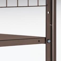 頑丈フレキシブル伸縮ラック 突っ張り式ハイ幅103~160cm 棚板とバーは5cm間隔で高さ調節可能。