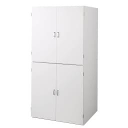 たっぷり奥行77cm モダン布団タンス 幅90cm 扉を閉めればスッキリとしたシンプルなデザインです。