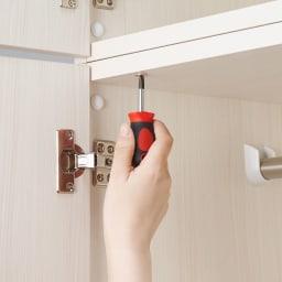 システム壁面ワードローブ 上置き・幅60高さ56cm 本体への設置時にはボルトでがっちり連結できます。