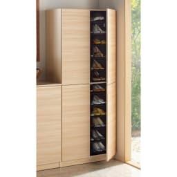 インテリアに合わせて8色&13タイプから選べるシューズボックス 扉 幅90高さ180.5cm (ウ)ライトアッシュ木目 ※写真は幅75cmタイプです。
