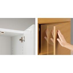 インテリアに合わせて8色&13タイプから選べるシューズボックス 扉 幅90高さ180.5cm [写真右]耐震ラッチが扉を自動的にロックします。[写真左]軽く押すだけで扉はスムーズに開閉します。