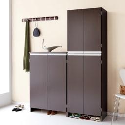 シンプルラインシューズボックス ミドルタイプ(高さ110cm) 幅75cm (ア)ダークブラウン 組み合わせて使えば大収納スペースが生まれます。