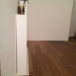静かに閉まる薄型フラップシューズボックス シングル4段 幅70cm 本体奥行きはわずか18センチ。狭い廊下にも設置可能です。