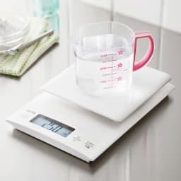 TANITA/タニタ 0.1gから計れるクッキングスケール タニタ高精度計量、液体も正確に計量でき、パンやお菓子作りを便利にサポート