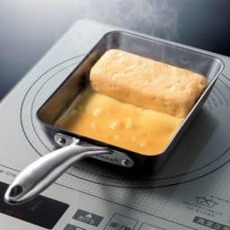 vitacraft/ビタクラフト スーパー鉄 エッグパン エッグパンで難しいたまご焼きもこの通り!