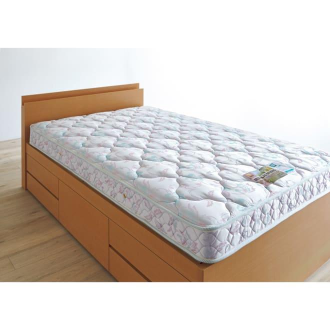 France Bed/フランスベッド ハイグレードマルチラスマットレス 多くのお客様から支持されている高密度連続スプリングマットレス。 使用イメージ ※写真はセミダブルサイズです。※ベッド本体は商品に含まれません。